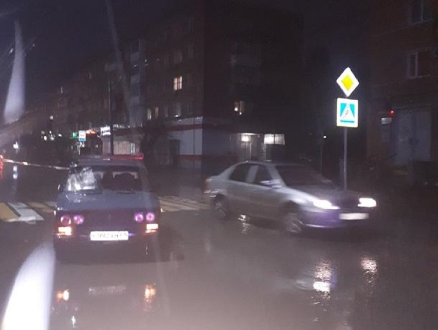 Водитель «ВАЗа» сбил двух пенсионеров