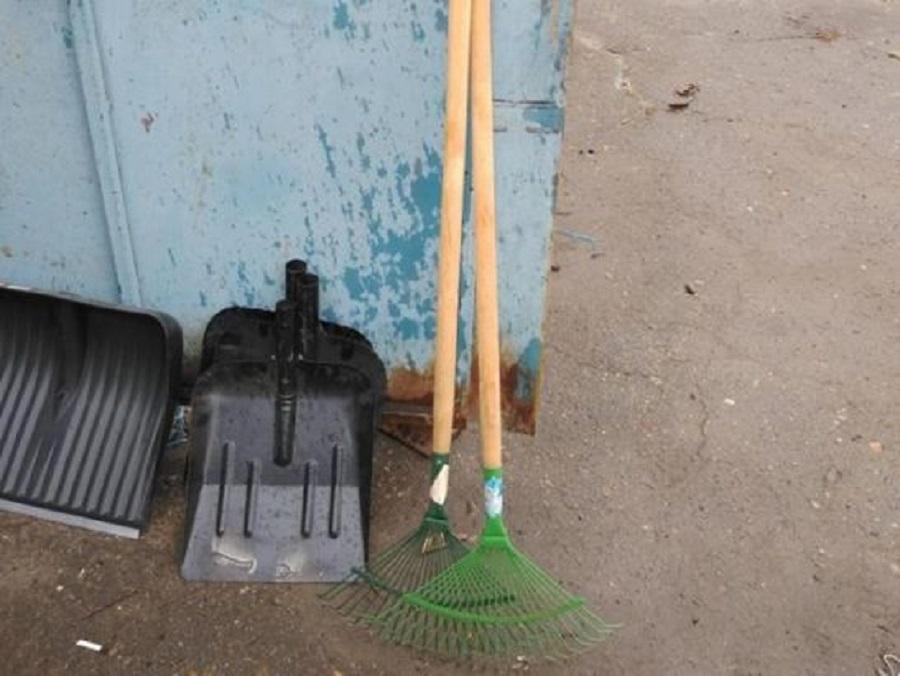 Пенсионер убил жену лопатой