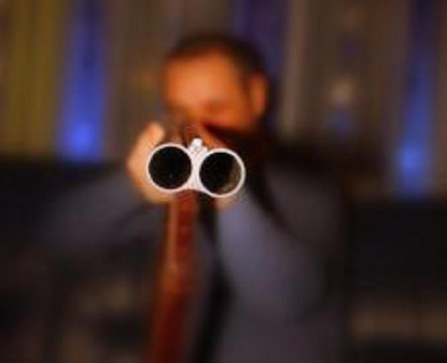 застрелил своего знакомого