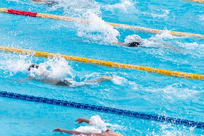 Восемь детей отравились хлором в частном бассейне