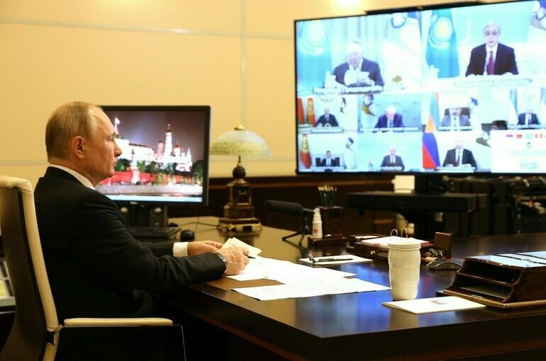 Путин объявил об обострении ситуации с ценами на продукты