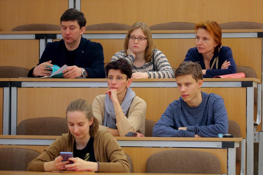 Закон об обучении студентов сразу нескольким специальностям