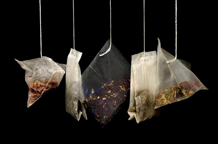 Диетолог рассказала об опасности чая в пакетиках