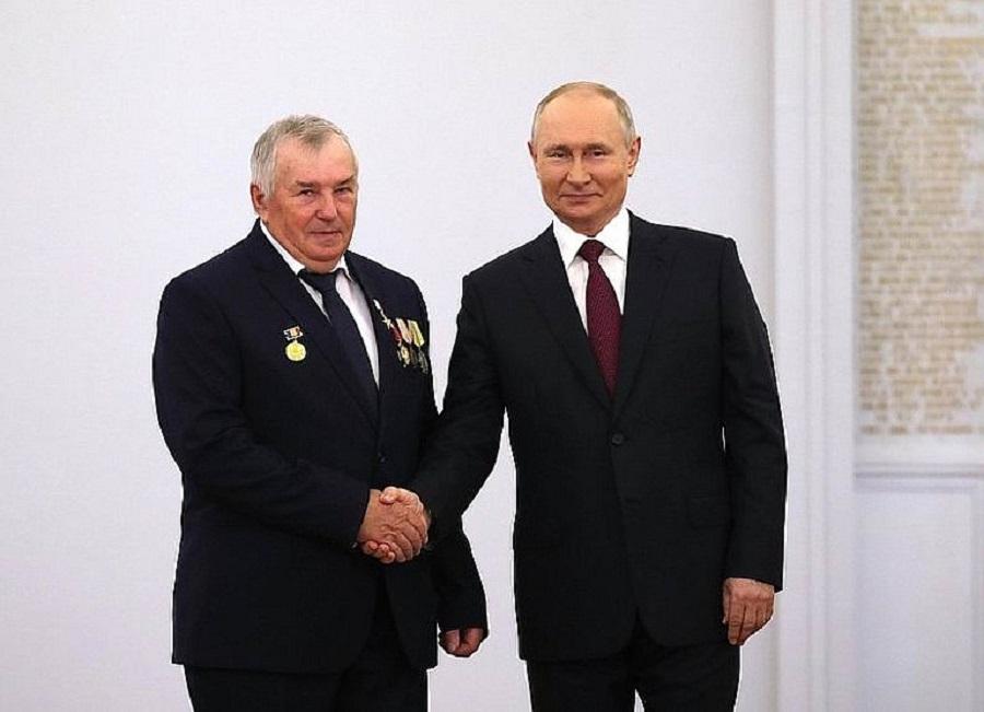Путин про зарплату донского тракториста: