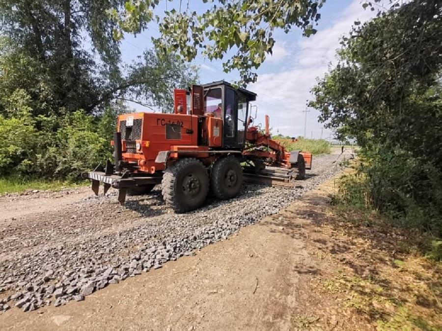 В Дячкинском сельском поселении занялись ремонтом дорог